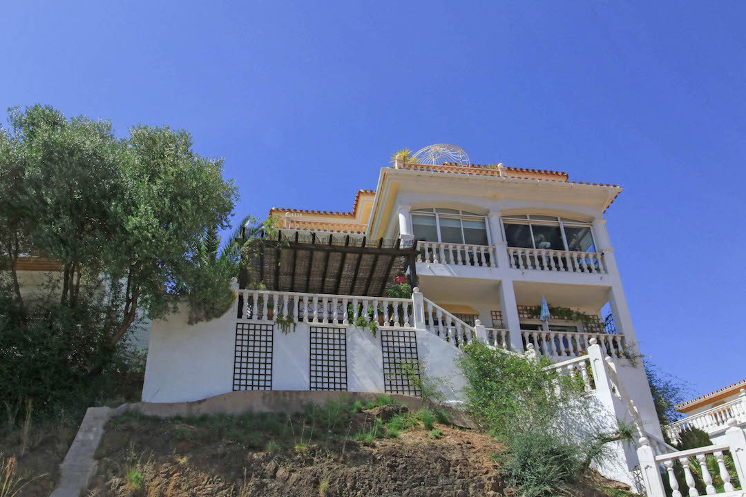 Castle, Mountain and Olive Grove Views  This three story villa sits in a commanding position with fa,Spain