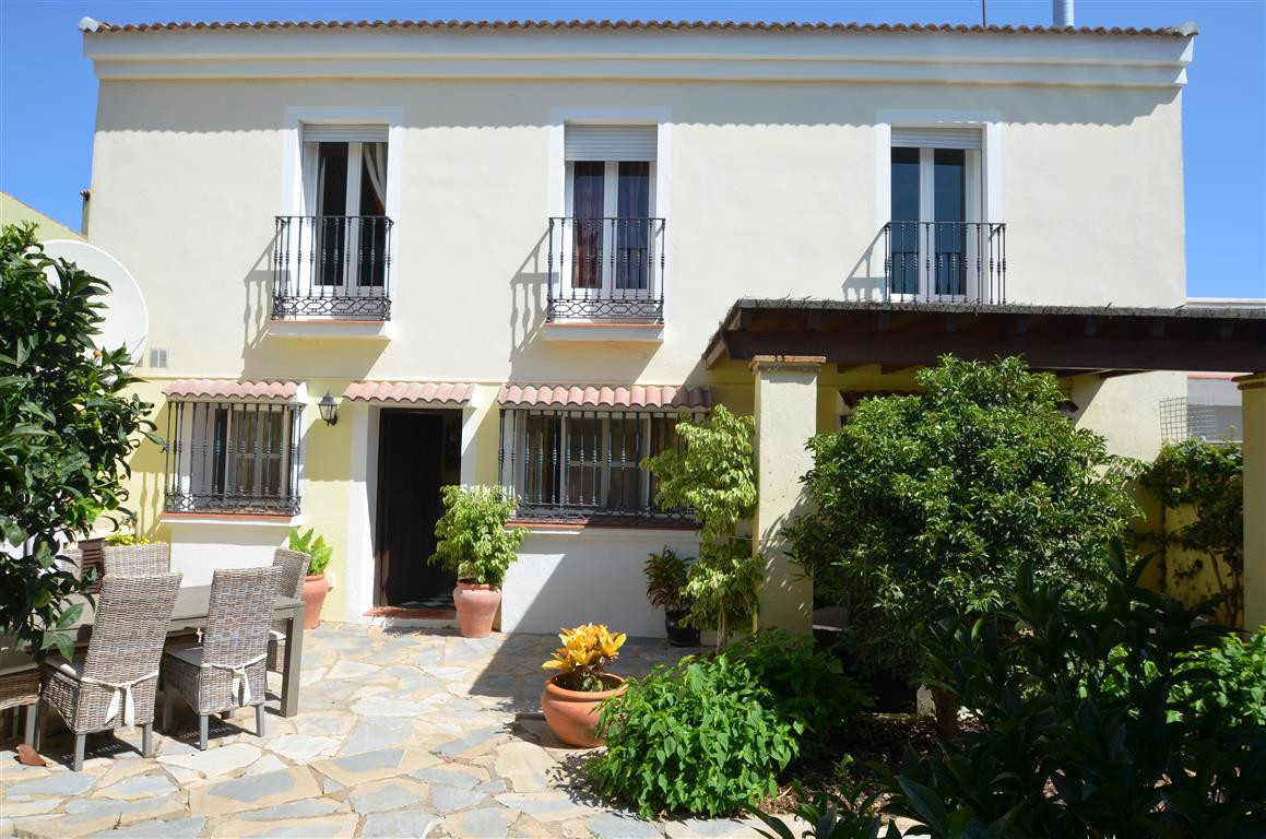 Magnificent Townhouse Andalucian style built using very good quality materials.   With an excellent , Spain