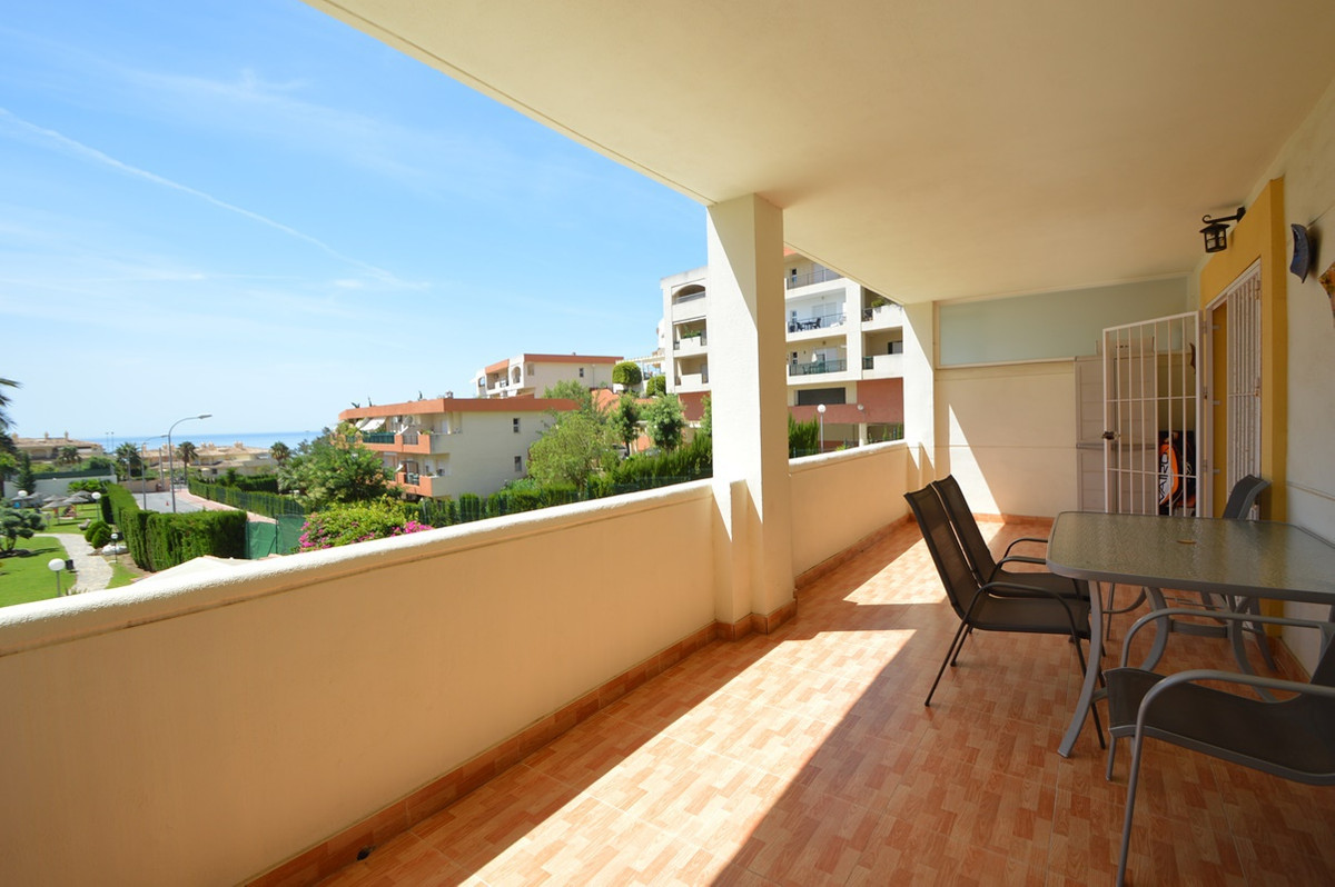 ******** WALKING DISTANCE TO BEACH AND AMENITIES SITUATED IN BENALMADENA AREA *******  A lovely apar, Spain