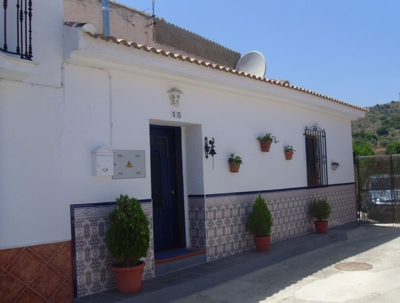 This is a must-see house for anybody who wants the much sought-after, but very hard to find, combina,Spain
