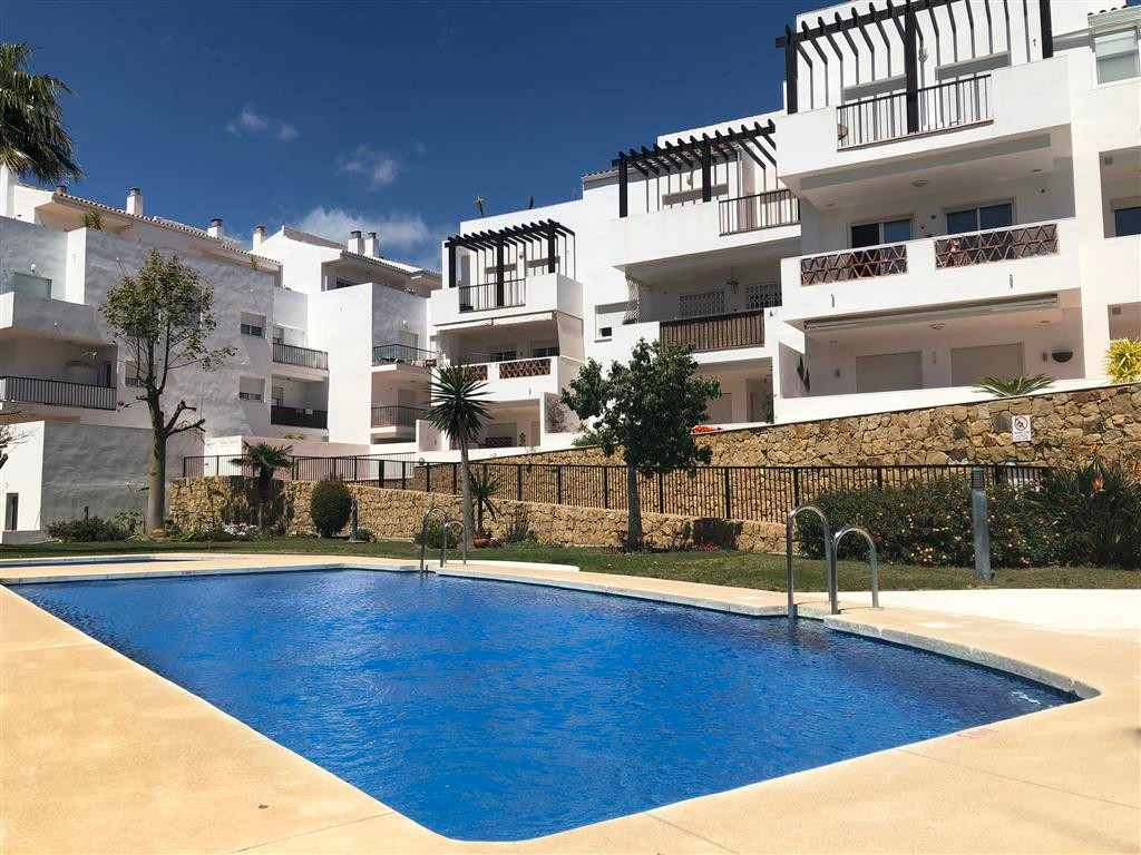 Very special spacious 3 bed 2 bath ground apartment, previous show flat, 3 balconies with mountain a, Spain