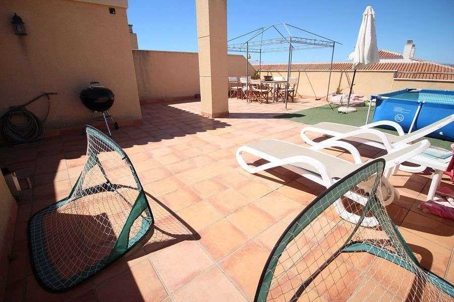 Beautiful penthouse in a privileged place in the heart of Torrox Costa. The apartment has 3 bedrooms,Spain