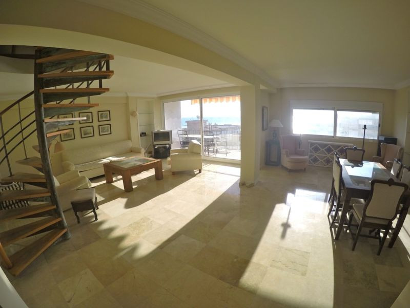 OPPORTUNITY!! REDUCED FROM 310.000 � TO 266.000 �  Built size 221 m2   Bargain! 2nd line beach. Very, Spain