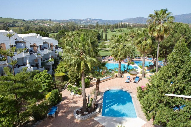 Matchroom is a complex of attractive 1 and 2 bedroom apartments situated in a front line golf locati,Spain