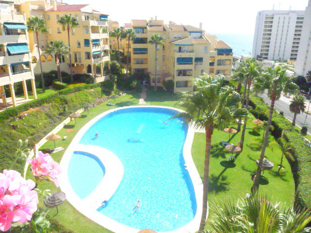Beachside 3 bedroom apartment at an absolute bargain!  This is an opportunity not to be missed a 3 b,Spain