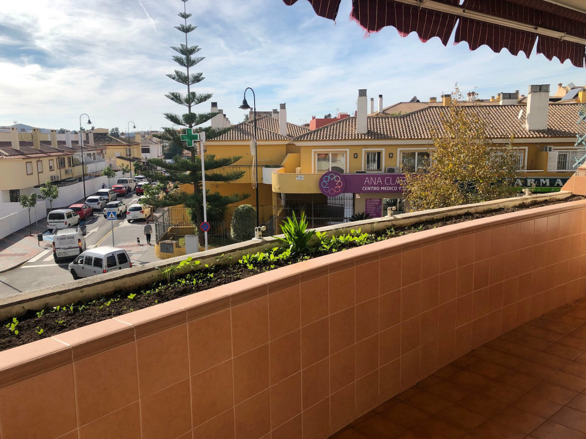Ideal located apartment surrounded by all needs with communal pool and parking Here you really would,Spain
