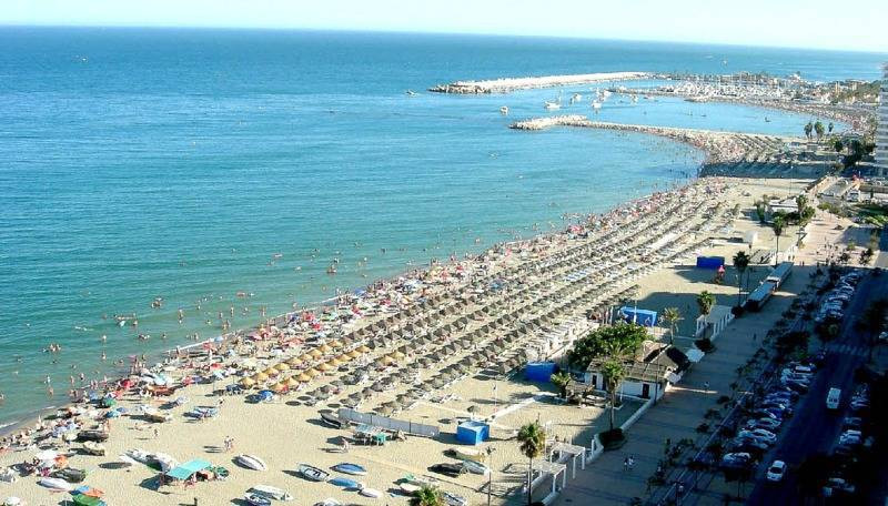 FABULOUS OPPORTUNITY TO PURCHASE A CENTRAL 2 BEDROOM APARTMENT IN FUENGIROLA AT AN EXCELLENT REDUCED,Spain