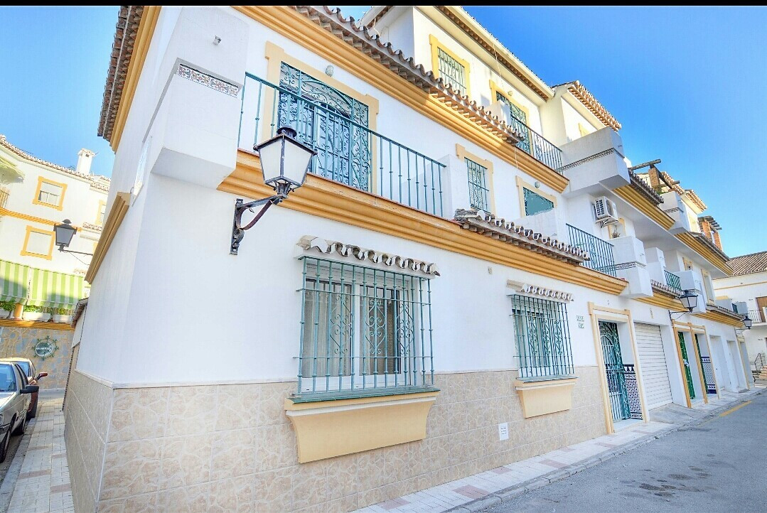 SEMI-DETACHED VILLA IN THE HISTORICAL CENTER OF ESTEPONA  Spacious three-storey villa with porch and,Spain