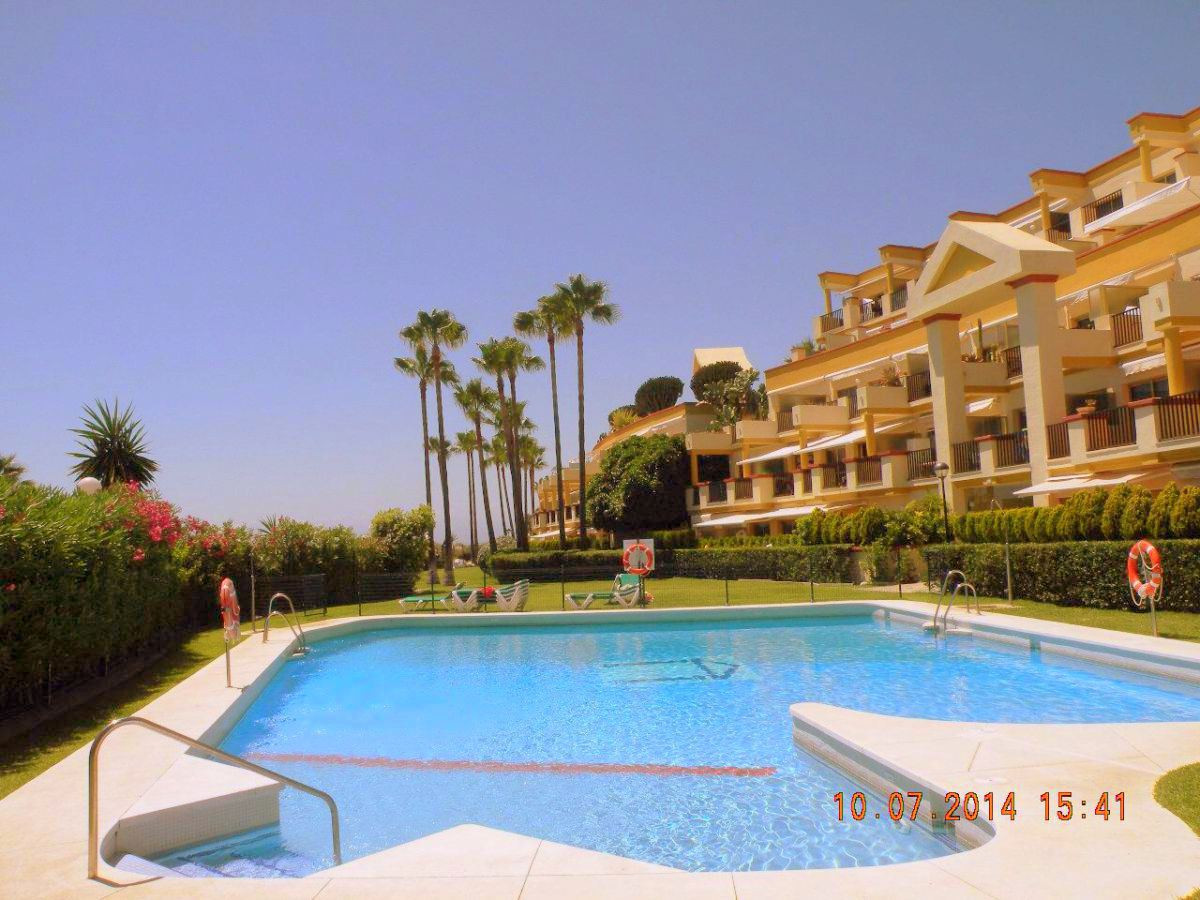 Magnificent apartment situated on 1st line beach with 1 bedroom and 1 bathroom, living room, kitchen, Spain