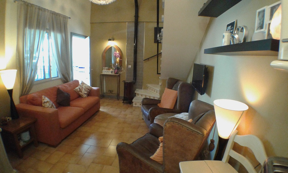 Arroyo de la Miel on the Xanadu area of Monte Alto we offer for sale this fully reformed two bedroom,Spain