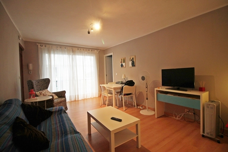 Nice refurbished apartment for sale in the center area of Torremolinos, close to the all services an, Spain