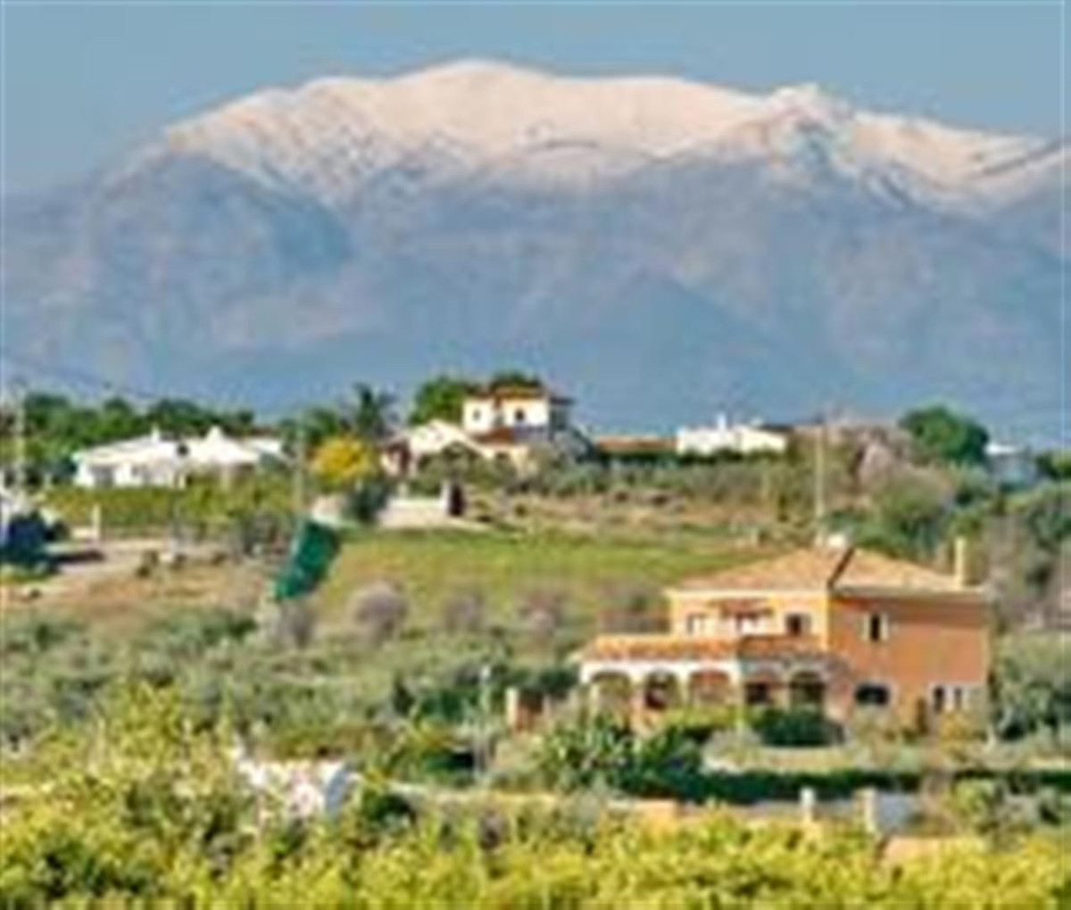 The property is situated in the Municipality of Alhaurin el Grande, at a point equidistant between M, Spain