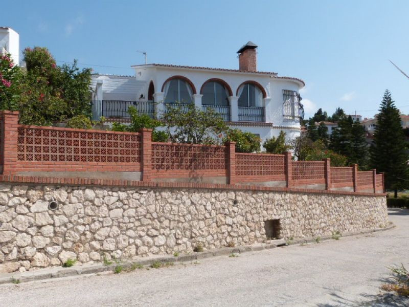 The exceptionally spacious house is situated close to the beach in Benajarafe. The accommodation com,Spain