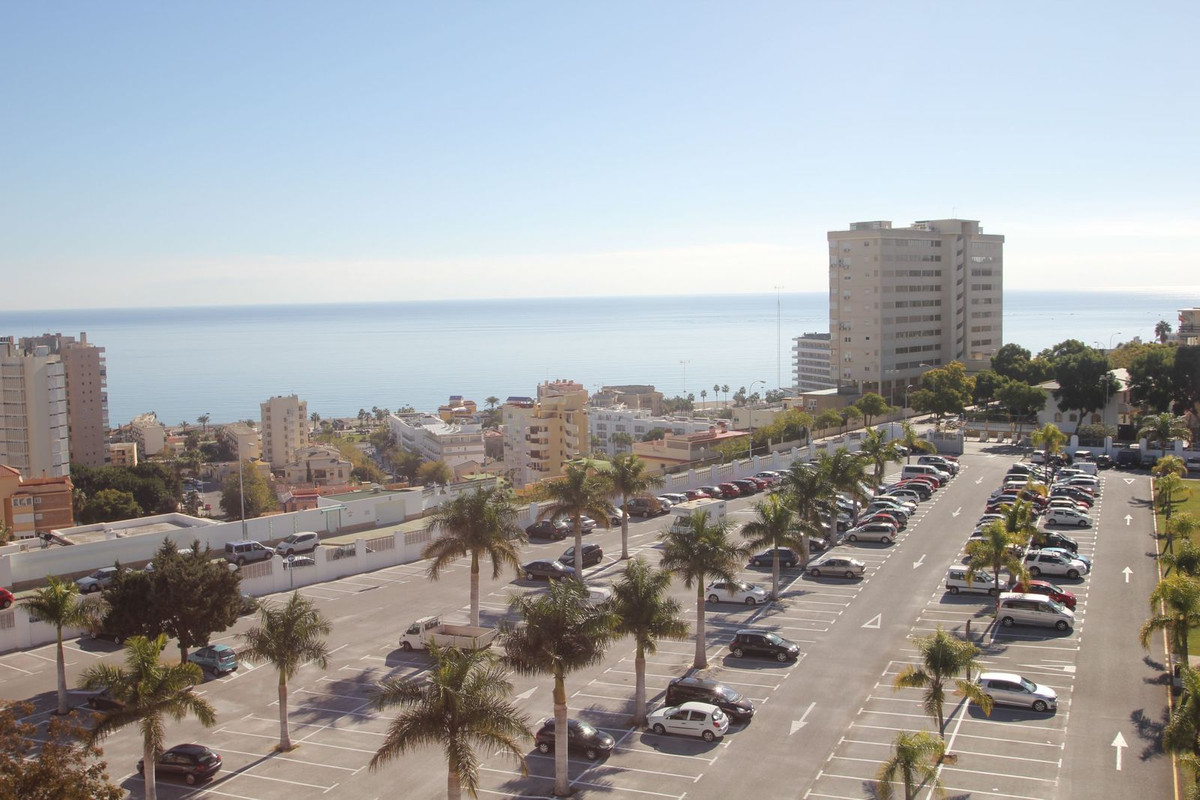 GREAT SEA VIEWS!!! Nice and sunny apartment located in the central part of Torremolinos with incredi, Spain