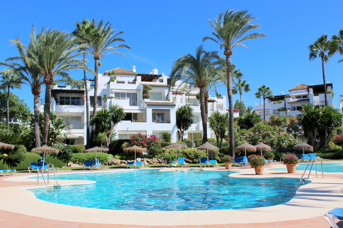 Situated in the well-known and established Alcazaba Beach complex, a short distance to Estepona town, Spain