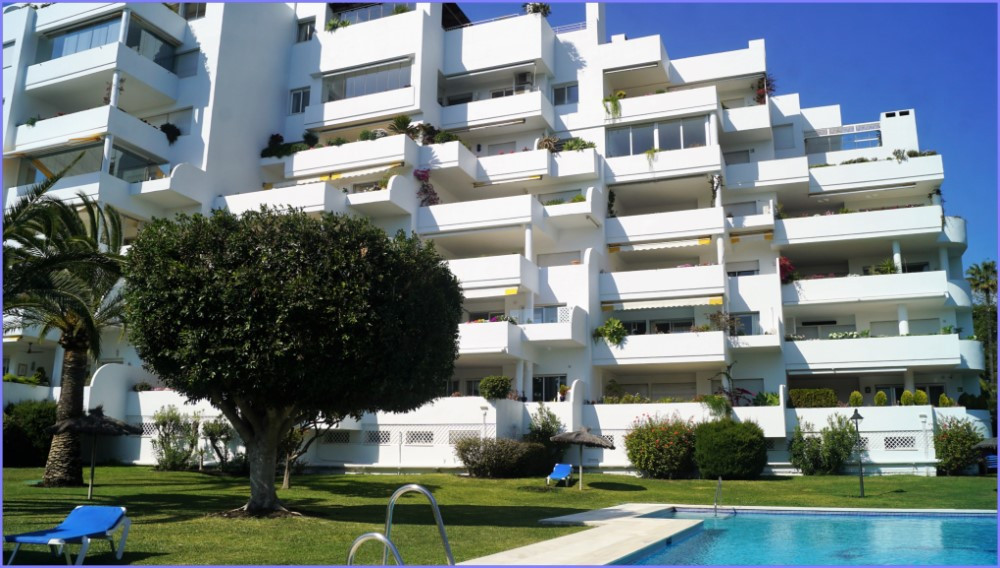 The apartment is located in Guadalmina Alta Quetzal and consists of two spacious bedrooms with bathr, Spain