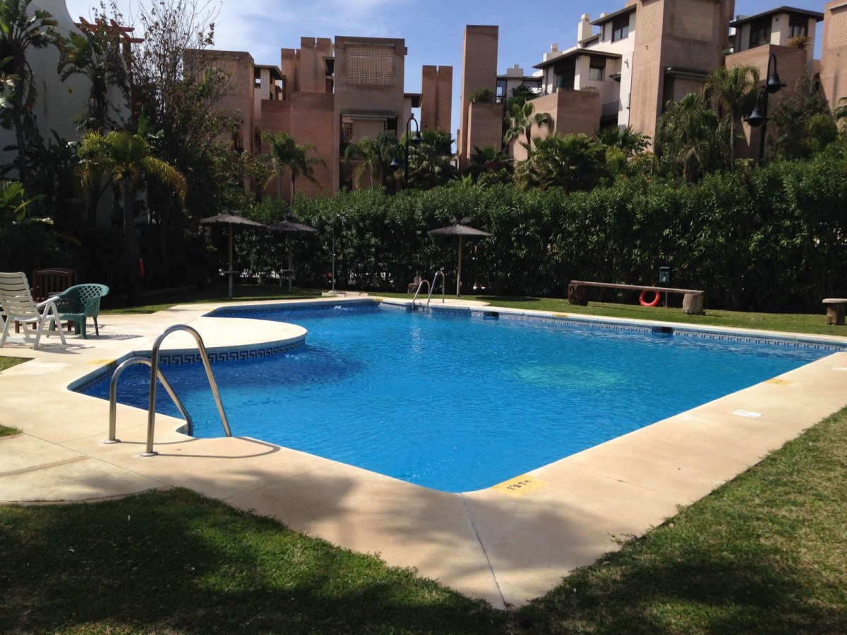 A super opportunity to own a large quality townhouse in the popular Garden Beach community, within a, Spain