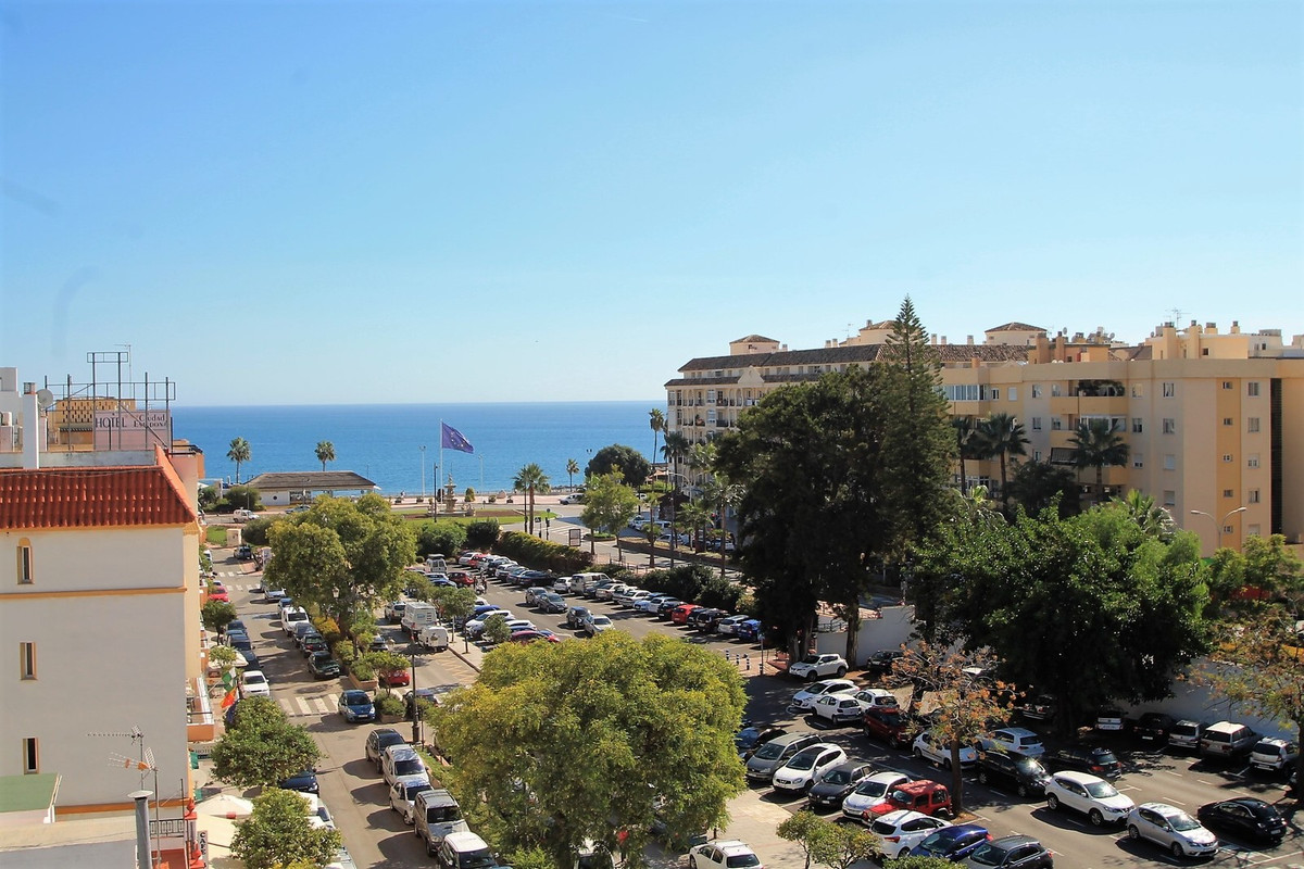 GREAT APARTMENT IN THE OLD CASTE OF ESTEPONA ONE STEP FROM THE BEACH AND ALL THE SERVICES !!, Spain