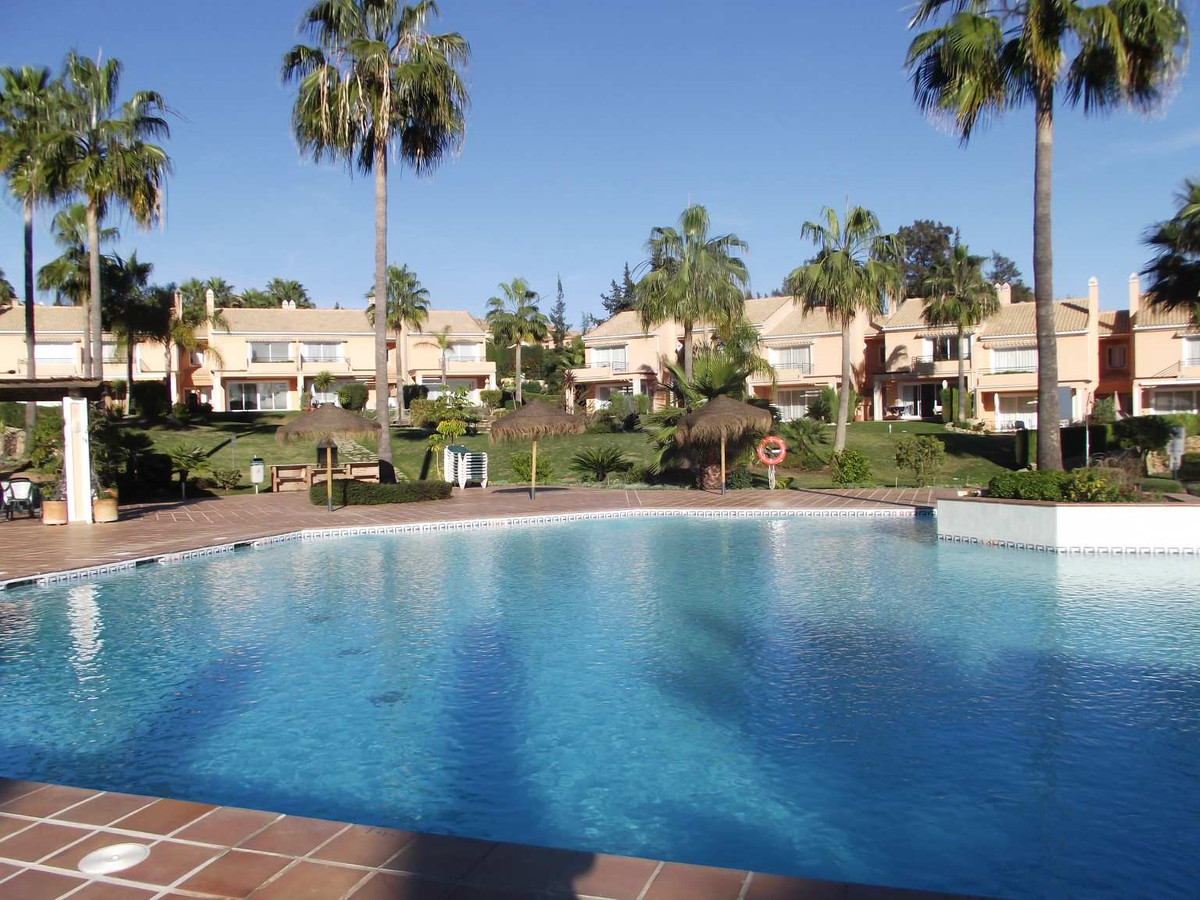 This 3 bedroom townhouse is set on a small community of only 36 townhouses set in 27,000m2 of landsc,Spain