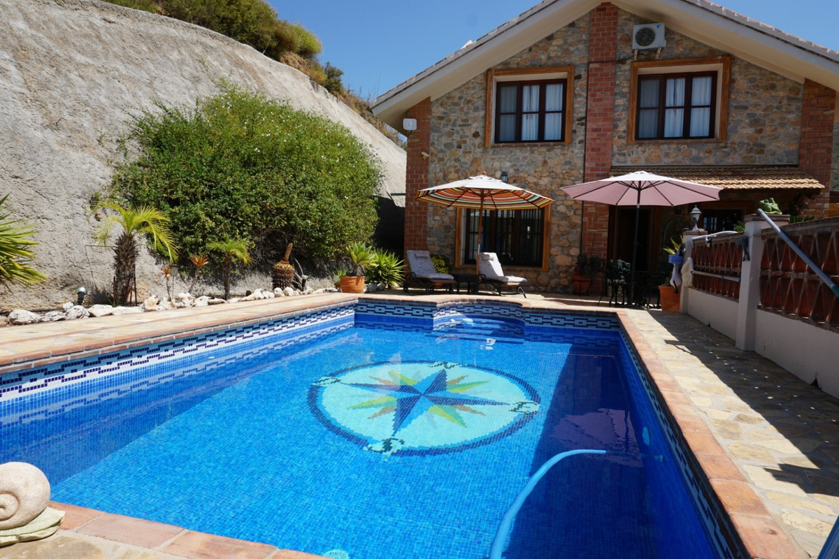 Unique country home, rustic style, many features, log fire, mature gardens, double glazing throughou,Spain