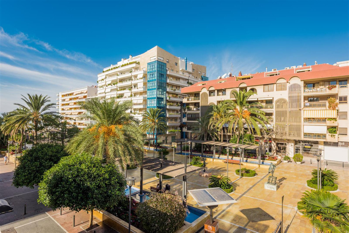 Office for sale in Marbella financial center. Do not miss this opportunity to acquire this office in,Spain