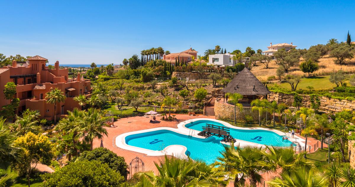 Superb new development, Alminar de Marbella, in Nueva Andalucia close to several championship golf c,Spain