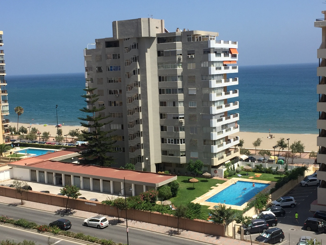 Furnished 2nd Row from the Sea  NICE APARTMENT , WELL LOCATED WITH GOOD QUALITY CONSTRUCTION , IDEAL,Spain