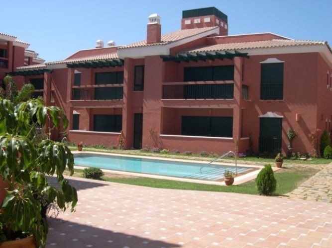 This apartment is located in Carib Playa one of the most sought after beachside areas of Marbella Ea, Spain