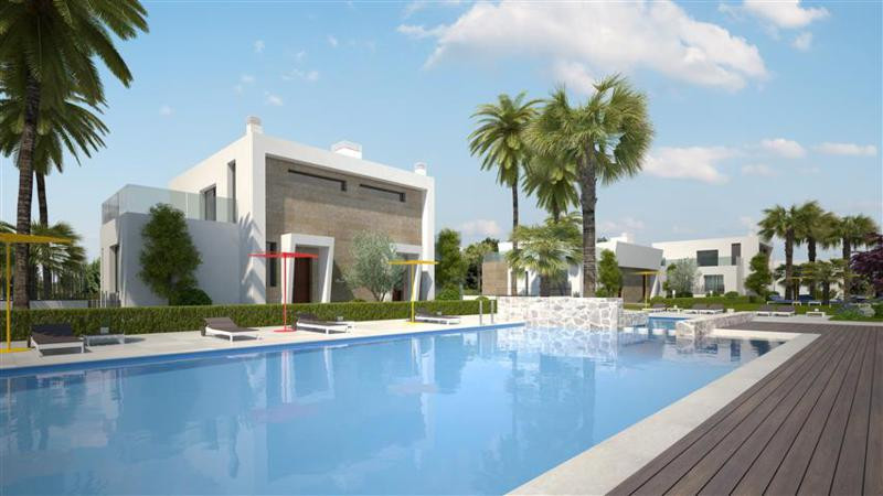 Beautifull semi detached villa in Villamartin with 3 bedrooms and 2 bathrooms .Private garden and is,Spain