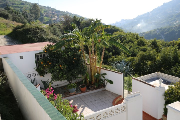 Beautiful estate in Torrox, in a quiet place and with views to the mountain and the sea.  The House ,Spain