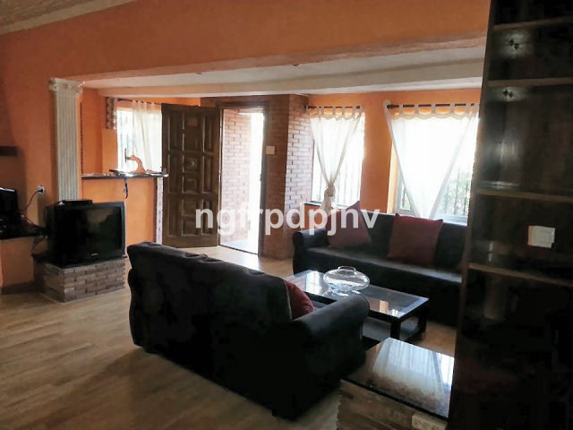Villa on one level in the middle of landscaped garden with  parking  for 2 cars 3 bedrooms (2 of the,Spain