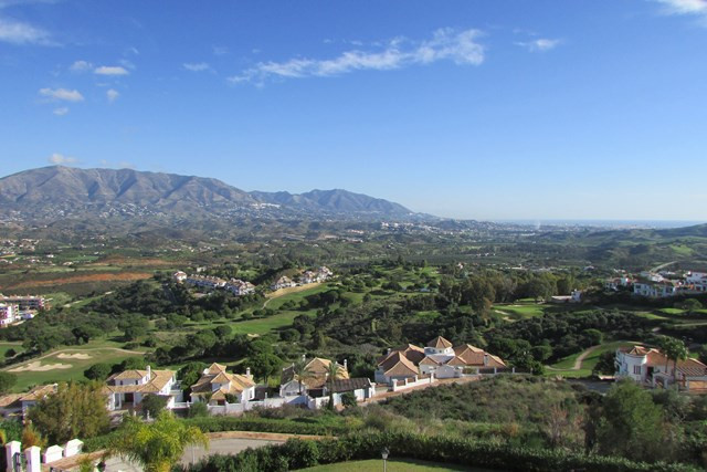 3 bedrooms penthouse within a privilege location, and 3 ample terraces all of them with panoramic vi, Spain