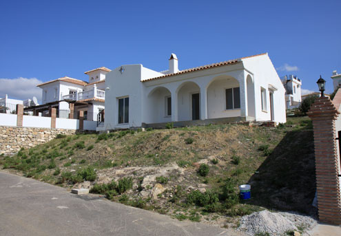 Detached Villa for Sale 3 bedrooms and 2 bathrooms. Located in an elevated position with unspoilt vi, Spain