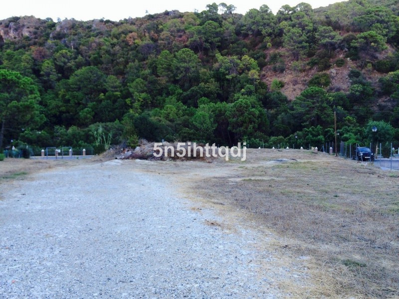 Fabulous plot for sale in Benahavis, very close to the centre of town and enjoying lovely views of t,Spain