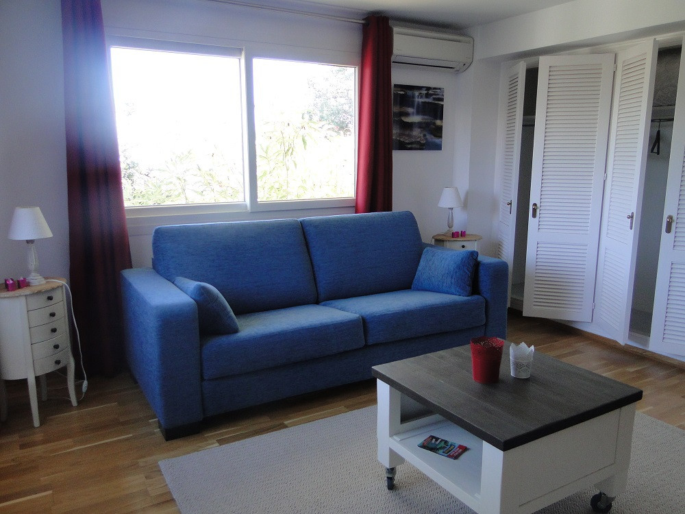 Charming fully furnished studio appartement, 29 m2 living area,  with mountains and gardens views lo, Spain