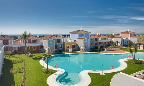 Great opportunity to buy fully furnished apartment in a residencial development Cortijo del Mar Reso, Spain