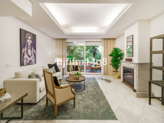 Stunningly spacious three bedroom townhouse for sale in El Palmeral. Situated in a highly convenient, Spain