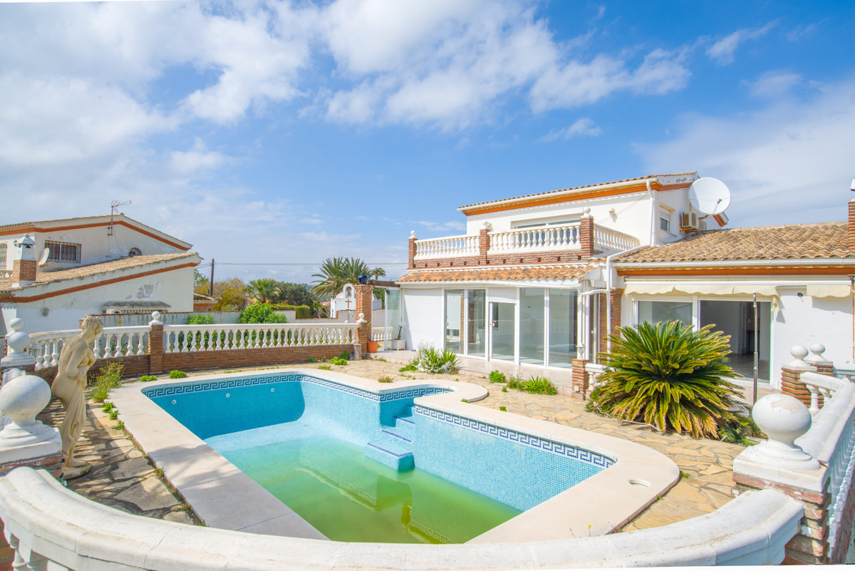 Detached villa located in El Faro, a very quiet area overlooking the sea, about 600mts from the beac,Spain