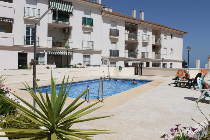 Bargain, top Floor, 2 bed apartment, This property has been reformed to a very high standard. Excell, Spain