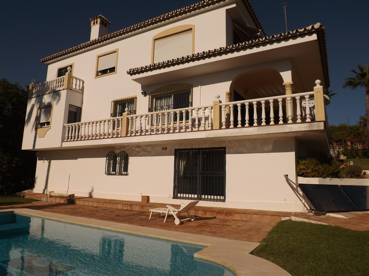 Fantastic villa with superb panoramic sea views and total privacy in a prime location close to Fueng,Spain