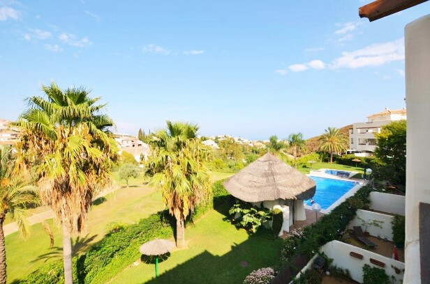 Fantastic 2 bedrooms 2 bathrooms apartment with great golf views right next to Bil Bil Golf !!!  Loc,Spain