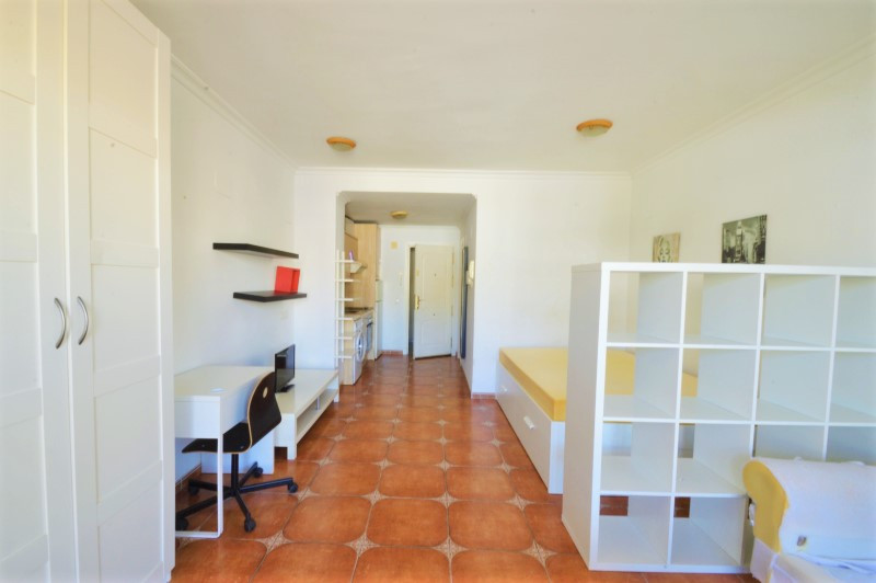 """Beautiful studio in the area of Torreblanca del Sol. It has 30m2 useful, a large living / bedr, Spain"