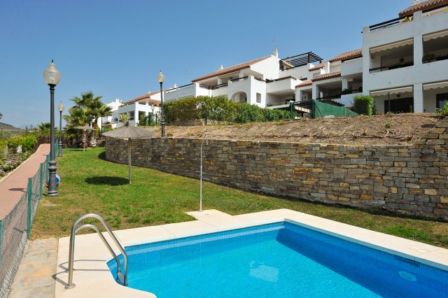 Spectacular duplex penthouse with 3 bedrooms that we find in a private and very quiet urbanization i,Spain