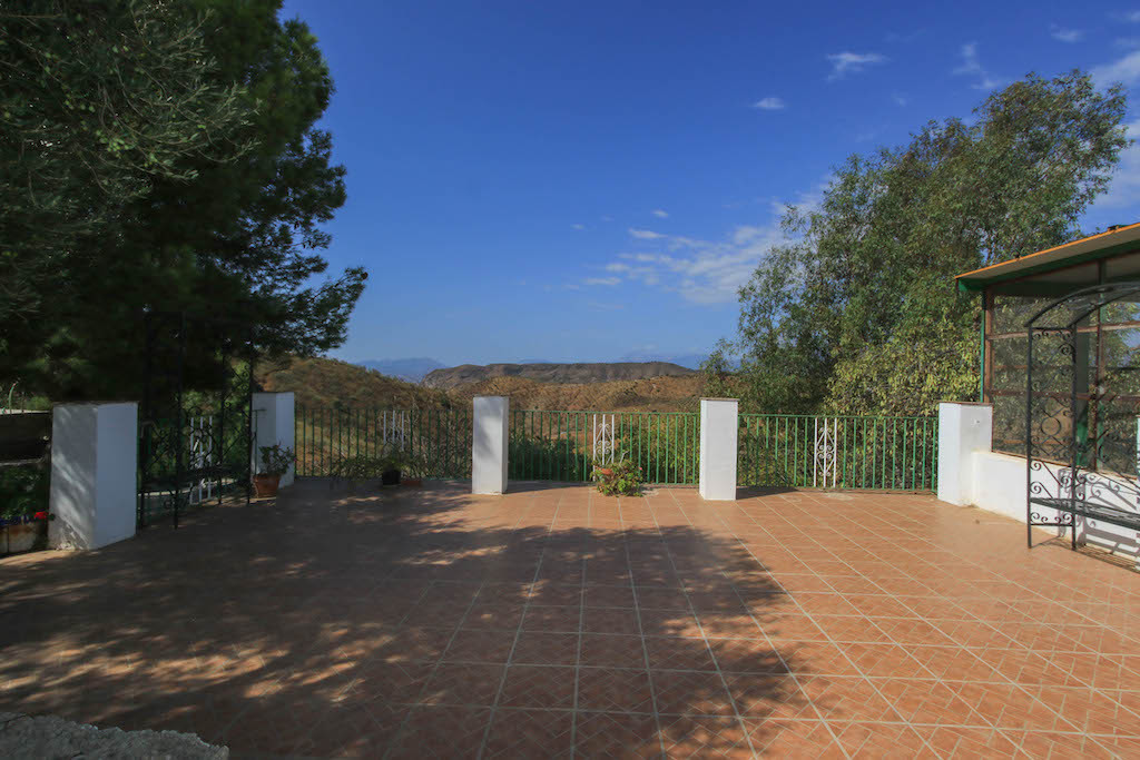 Cortijo-style property suitable for business.   The potential here is incredible. With a eight bedro, Spain