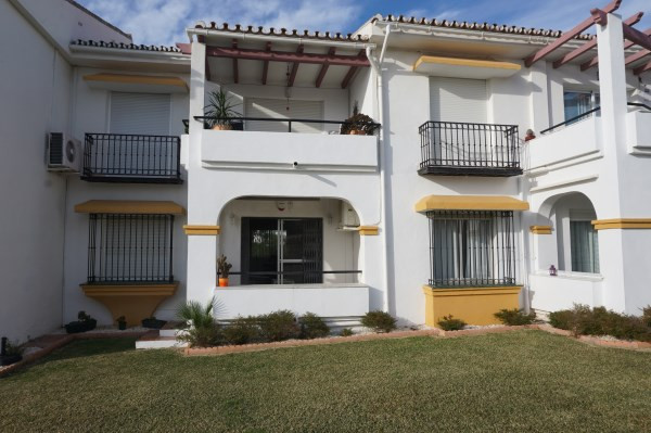 FANTASTIC GARDEN APARTMENT IN TORREMAR   Torcap would like to present to the market this Fantastic 2,Spain