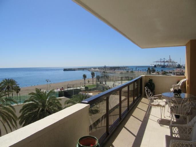FIRST LINE MALAGUETA MALAGA     Middle Floor Apartment, Malaga, Costa del Sol. 5 Bedrooms, 3 Bathroo, Spain