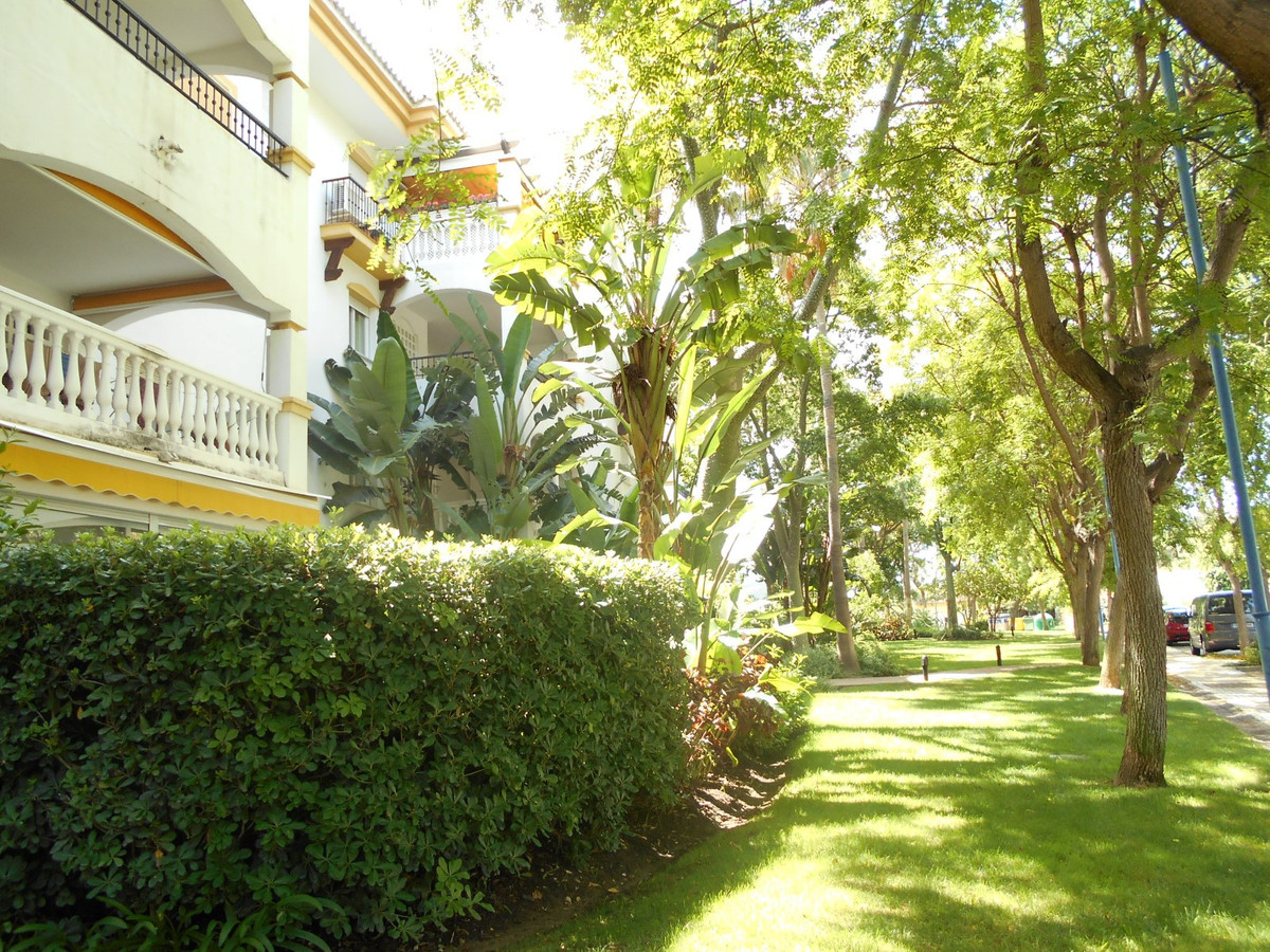 Apartment in very good condition with 1 bedroom and 1 bathroom with an area of 55 m2 + 17 m2 terrace,Spain