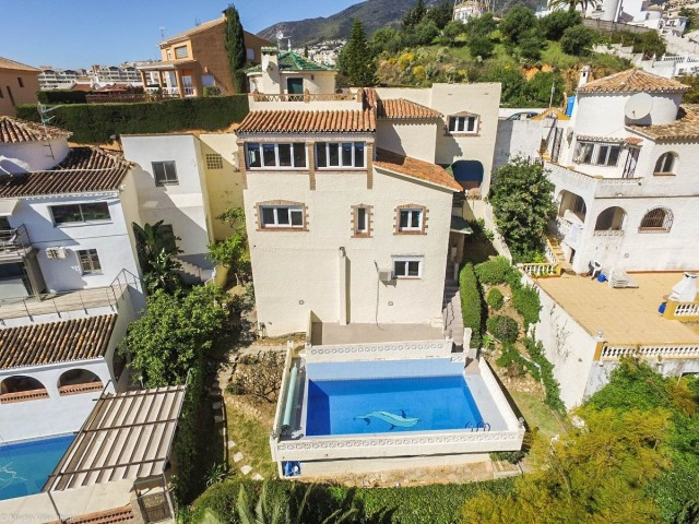 OPPORTUNITY!! WE RECOMMEND VISITING THIS PROPERTY SOON!! Villa with separate apartment and panoramic, Spain