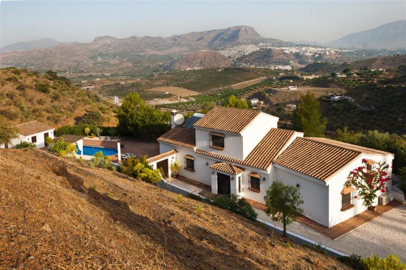 An impressive country house with amazing views over the town of Alora and the mountains beyond. The ,Spain