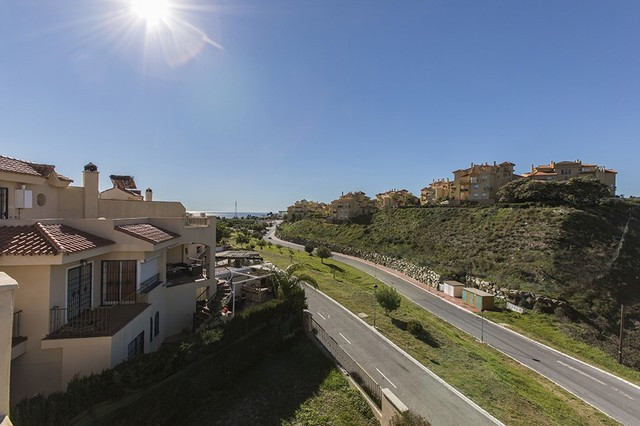 Beautiful end of the row duplex semi-detached house with sea and mountain views in Las Lomas de Rivi,Spain